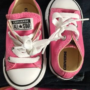 Converse All⭐️Star infant pink shoes size 5